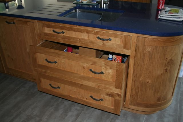 Double drawer unit to house cleaning agents