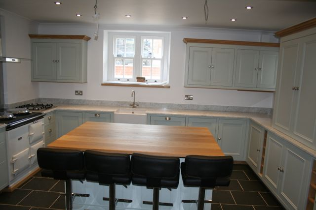 Island unit, with solid oak worktops and breakfast bar area