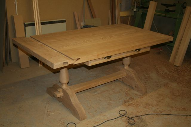 solid oak, refectory table, made to measure, bespoke,hand made drawers